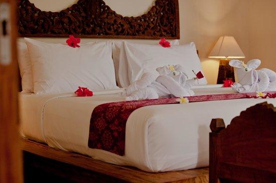 Sri Ratih Cottages: Bedroom