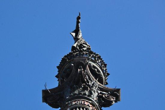 Columbus Monument : Колумб