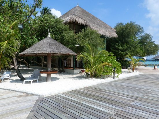 Adaaran Club Rannalhi: Une des extrémités de l'île