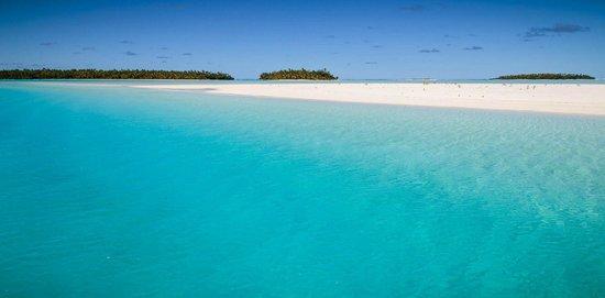 Aitutaki Adventures: Sandbar