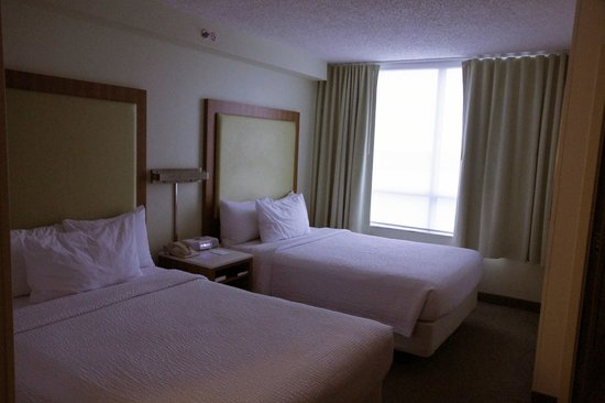 SpringHill Suites Miami Airport South: Room