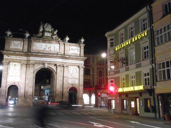 Goldene Krone: Hotel & dintorni