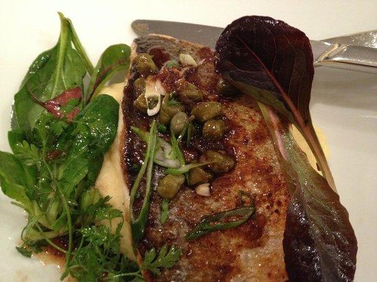 Restaurant L'Essentiel : piatto di pesce