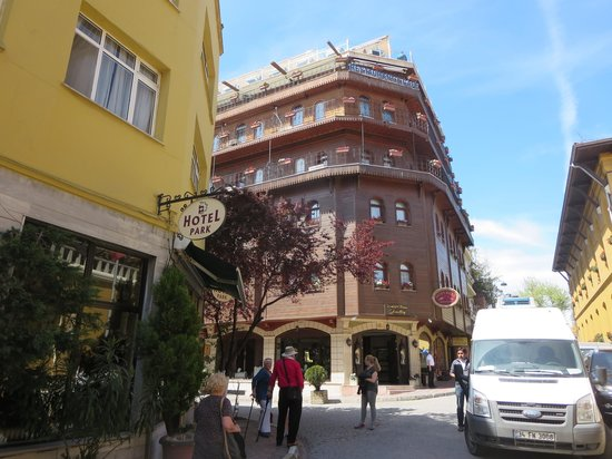 Seven Hills Hotel: het hotel