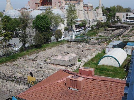 Seven Hills Hotel: opgravingen