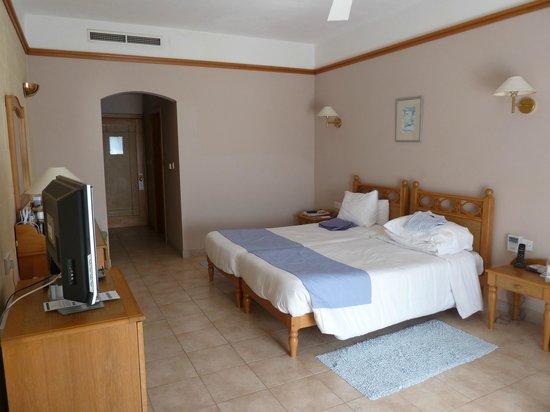 Saint Patrick's Hotel: Bedroom 103