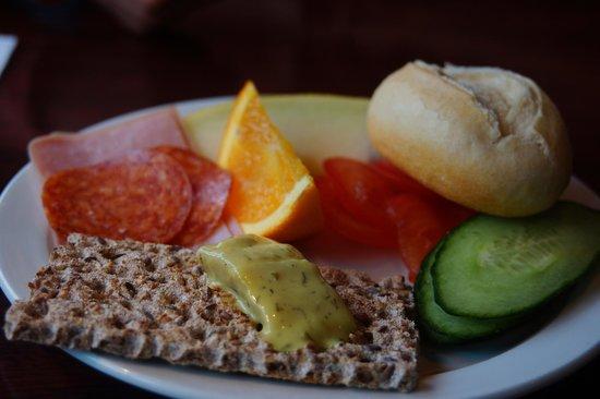 22 Hill Hotel: great breakfast