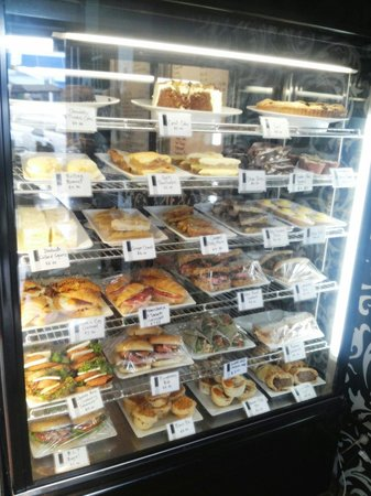 Eat Cafe: The Cabinet for slice and sandwich