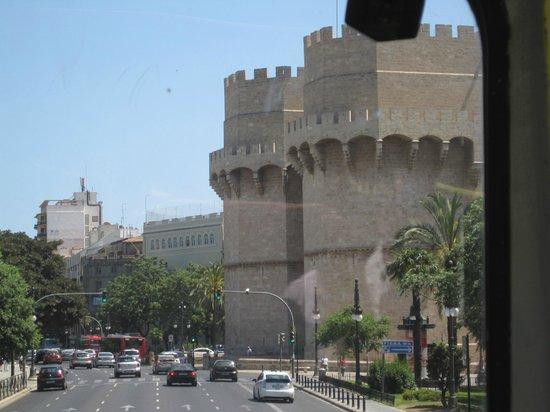 Torres de Serranos: View from the tour bus
