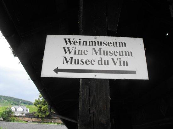 Rheingau Wine Museum Broemserburg Castle: На всех языках