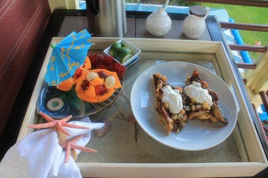 Waipio Rim: Breakfast again