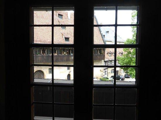 Alte Hofhaltung : Blick von Innen nach Außen