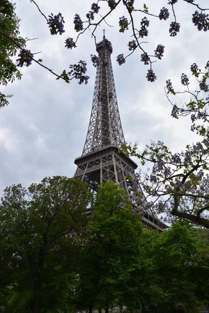 Grand Hotel Francais: The Eiffel Tower in Spring