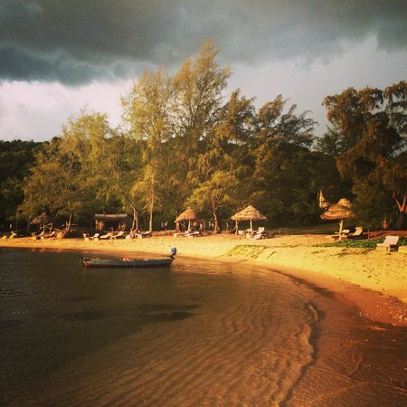 Mango Bay Resort: Beach