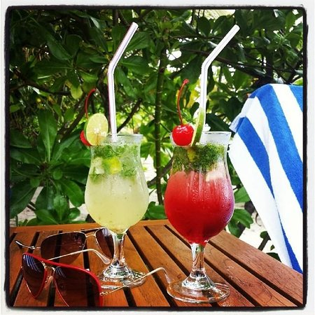 Meeru Island Resort & Spa : Some mojitos