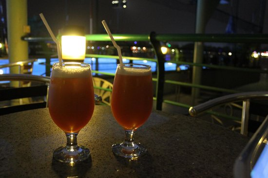 The Hanoi Club Hotel & Lake Palais Residences: the welcome drink was awesomeee