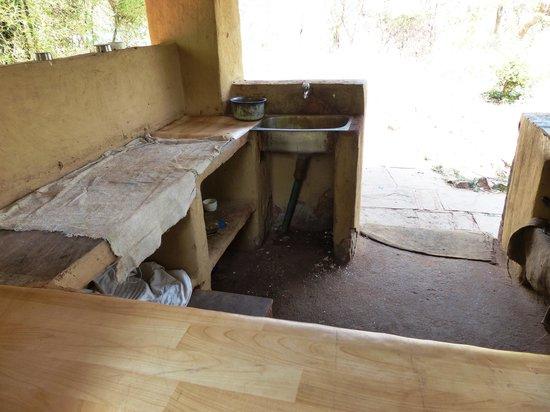 Nature Heritage Resort: kitchen