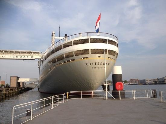 SS Rotterdam: view from water taxi pontoon