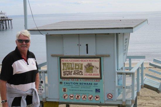 Malibu Pier: Beach alongside Pier