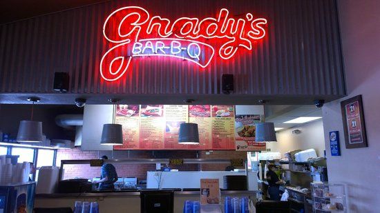 ‪Grady's Bar-B-Q East Side‬