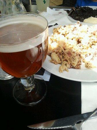 Bar Valentin : cerveza de barril y tapa.