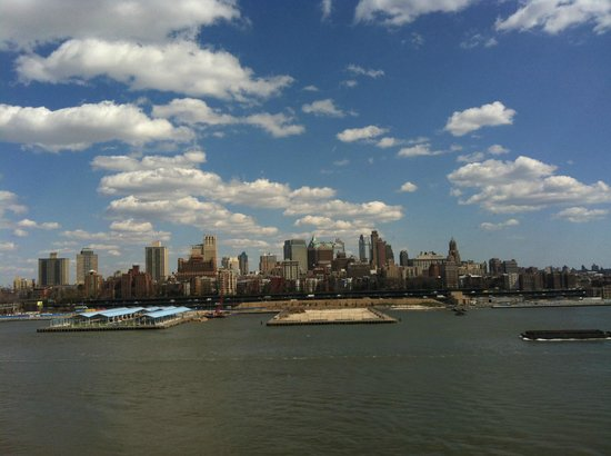 Helicopter Flight Services - Helicopter Tours: the best view of NYC