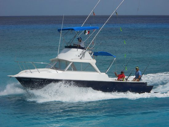 Chili charters cozumel all you need to know before you for Cozumel fishing charters