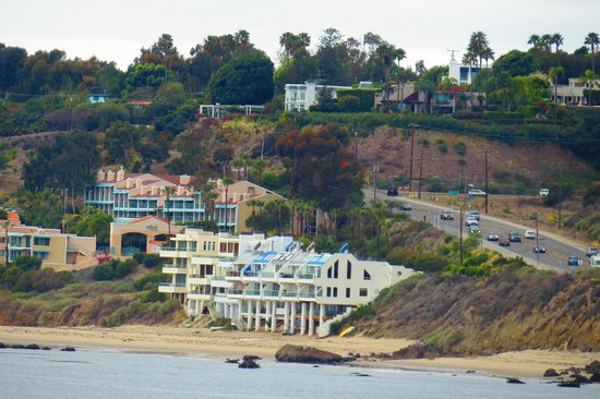 Malibu Colony: View North on PCH