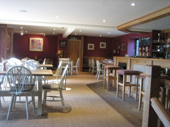 Mill House Hotel: Hotel bar