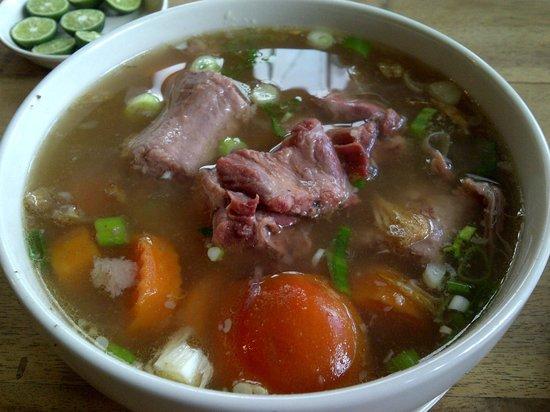 Dapur Dahapati: Sop Buntut Sapi (Oxtail Soup) Dahapati yang tidak selezat dulu