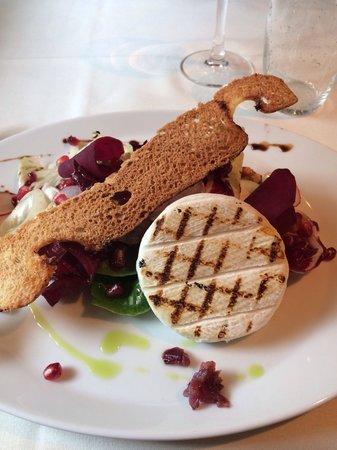 The Alpine: Beautiful Italian Goats cheese tomino salad !
