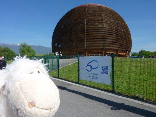 CERN Univers de particules: Universe of Particles