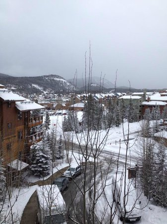 Mountain Thunder Lodge : View from the Main Lodge