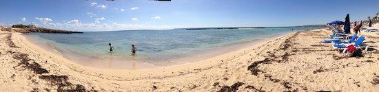 Ayia Thekla Beach: Peaceful