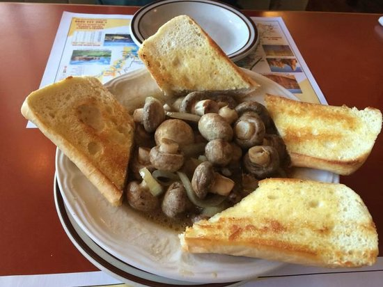 Bryce Canyon Pines: Die etwas zu faden Pilze, aber leckeres Knoblaubaguette