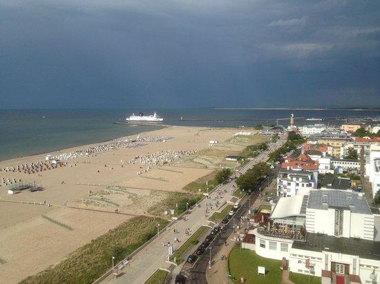 Hotel NEPTUN: Вид с балкона