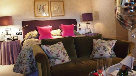 Chewton Glen Hotel & Spa: Beautifully Furnished Rooms