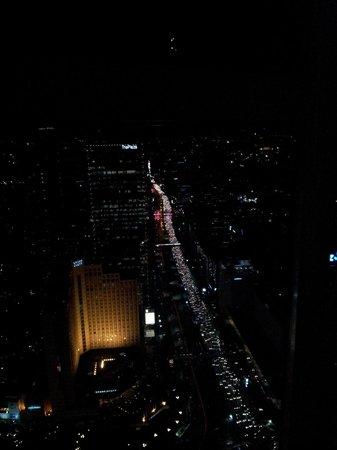 Altitude Grill: Les embouteillages traditionnels vus de haut !