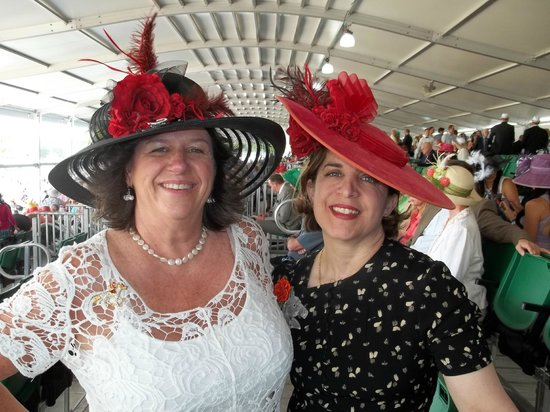 Churchill Downs: Derby Day