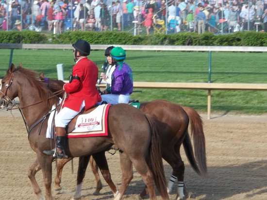 Churchill Downs : California Chrome Derby 2014 Winner