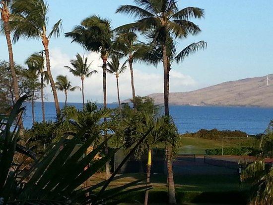 Maui Schooner Resort : View from B305 lanai