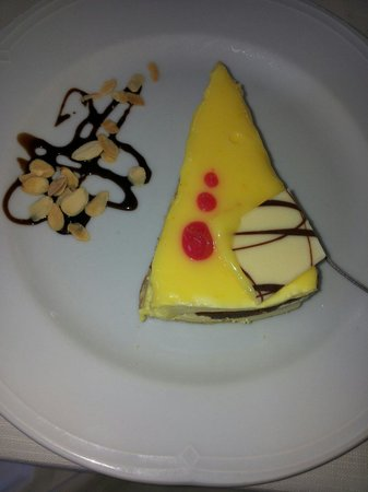 Il Porticciolo: Torta al limone. ...