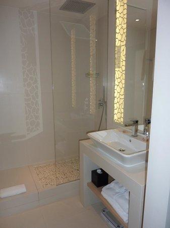 Hotel N'vY : Bathroom