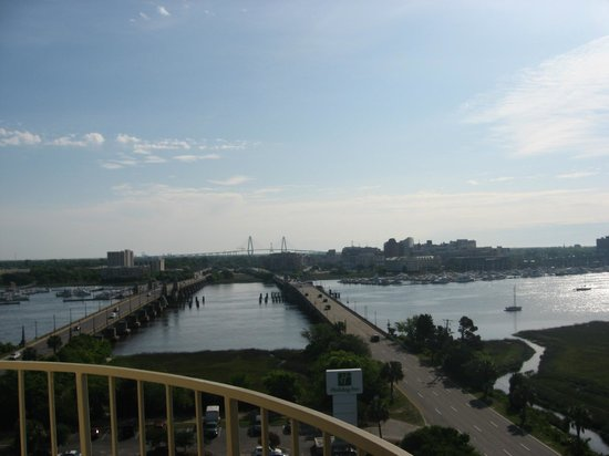 Holiday Inn Charleston Riverview: view from room 1111
