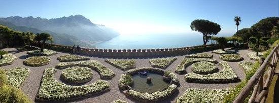 Villa Rufolo : view from villa rufulo
