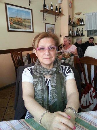 Porta Castello : all'interno del ristorante . si mangia benissimo !!!