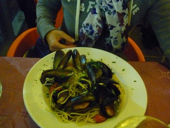 Cafe Sicilia : シーフードスパゲッティ