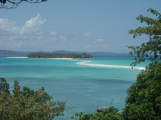 Andilana Beach Resort : Escursione Nosy Iranja dall' alto
