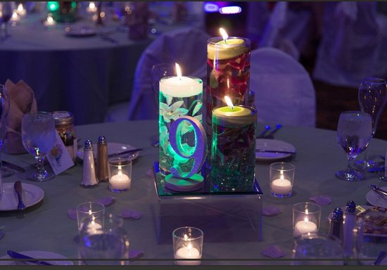 Holiday Inn Resort Lake George: Centerpiece from our wedding