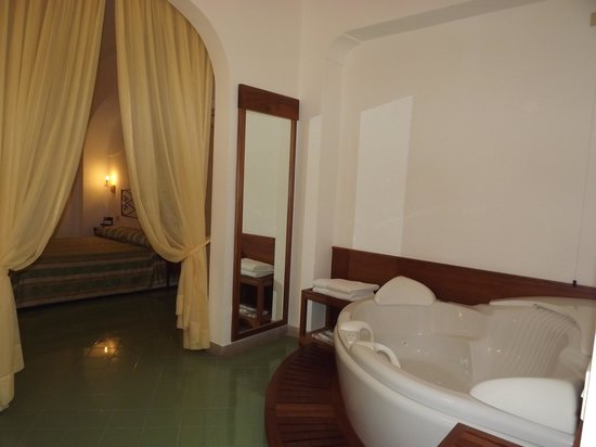 Hotel Montemare: vasca idromassaggio